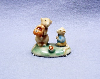 Vintage  1980s ENESCO design of Mice Family