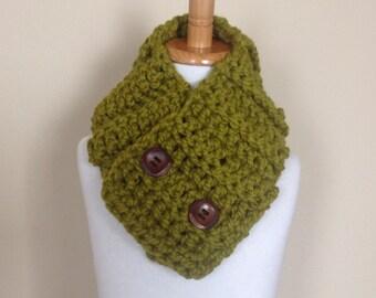 Children Crochet Neckwarmer, Chunky Wool Cowl, Green Crochet Cowl, Lemongrass Scarf, Easter, Ready to Ship!!!
