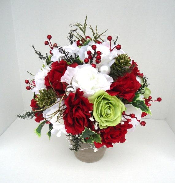 Christmas centerpiece in slate terra cotta vase - Terras arrangement ...