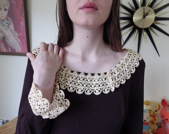 Super cute 1960s mod dress - dark brown with dark cream lace sleeves and scoop collar - made in Australia