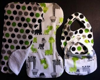 Giraffe, Polka Dot Baby Gift Set  Bibs, Burp Cloth