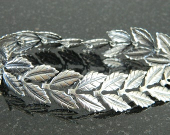 Beautiful Vintage Danecraft Sterling Silver Leaf Bracelet