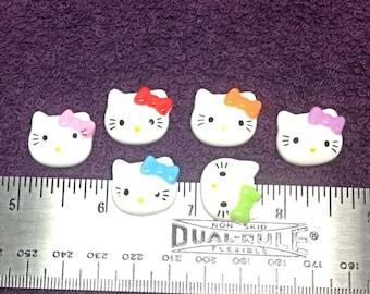 6 Hello Kitty Flatbacks
