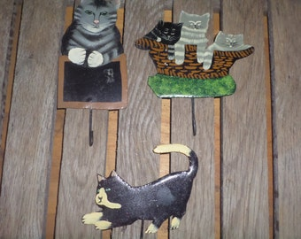 Vintage metal cat wall hangings hand painted set of 3