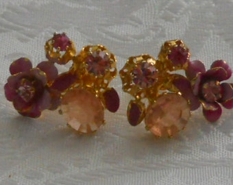 REDUCED 25% OFF - Pink floral summer earrings - 1950s
