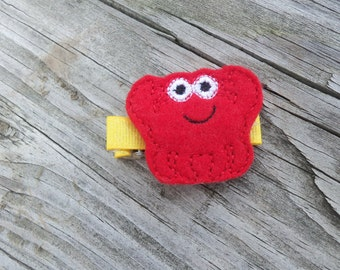 Red Crab Hair Clip, Felt Crab Clip, Crab Feltie, Crab Clippie, Sea Animal Hair Clip for Baby, Infant, Toddler, Girl or Adult