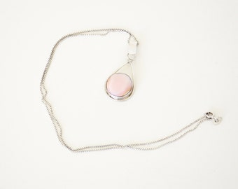 Vintage pink shell necklace / sterling silver necklace