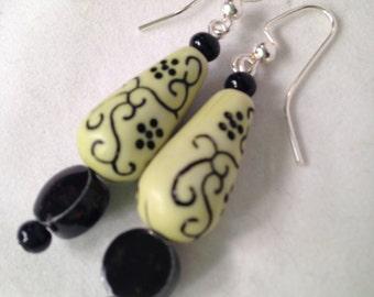 Lime green vintage lucite dangle earrings