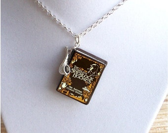 Sherlock Holmes - With Tiny Pipe Charm - Miniature Book Necklace