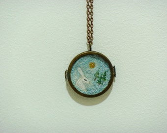 Hare embroidered pendant 4