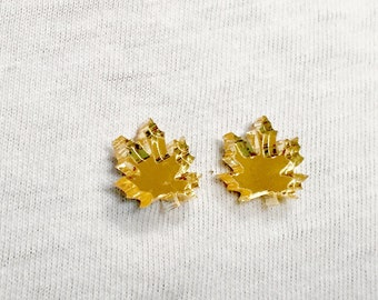 Canada Maple Leaf Studs