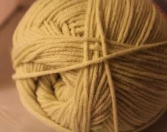 Herrschners Worsted 8 yarn