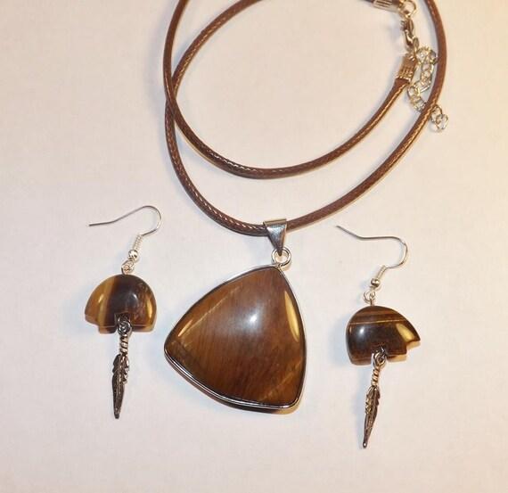 Zuni Earrings: Stone Zuni Bear Earrings Tiger Eye Zuni Bear Fetish