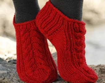 Hand Knitted Short Socks / Ankle Socks with Cable