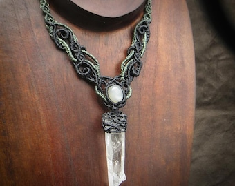 Crystal Necklace with Moonstone White Macrame