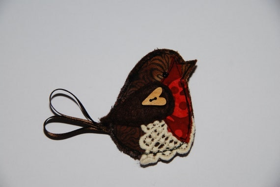 Robin brooch embroidered pin by lilcritterdesigns