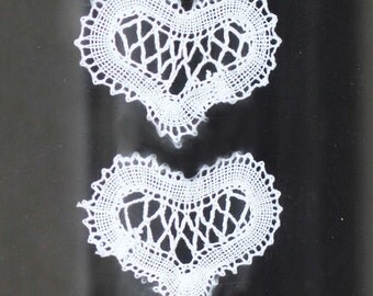 Russian bobbin lace hearts