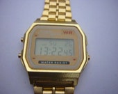 Casio retro 1980s  A159w gold unisex  vintage digital watch. Uk Seller