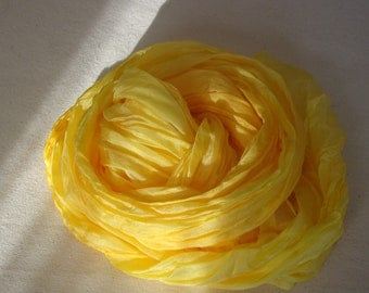 feather light crinkle scarf in pale yellow silk
