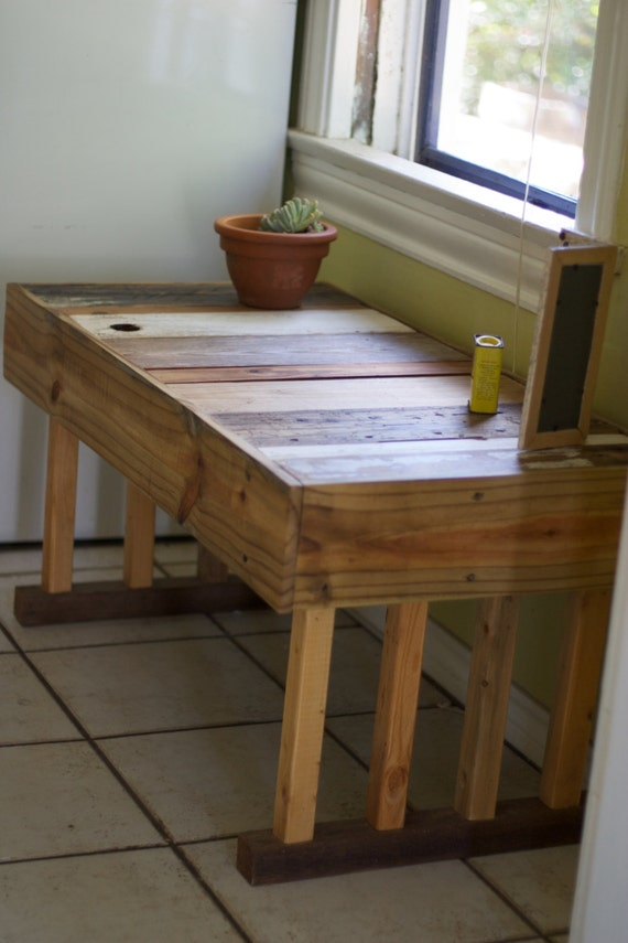 Reclaimed Wood Bench With 8 Legs Local Pickup Only Austin