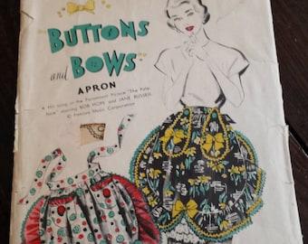 1940s Vintage Advance Button and Bows Apron Pattern