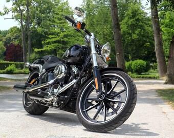 Poster of Harley Davidson 1690 Breakout Motorcycle HD Print
