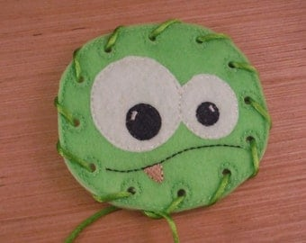 Small Monster Lacing card - Great quiet time activity