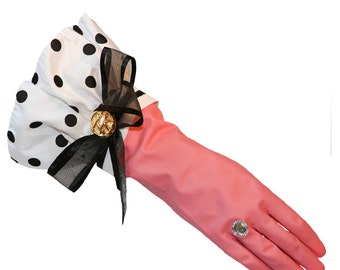 Cleaning Gloves. Dish Gloves. The Original Designer Dish Washing Gloves Big Polka Dots, Mom will love these. So will you! hostess gift art