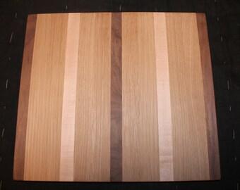 Walnut/Maple/Oak Cutting Board