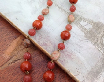 Earthy colors, vintage lucite beaded necklace