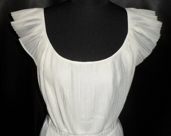Vintage 1940's Pleated White Semi-Sheer Vanity Fair Nightgown Gown Lingerie 36