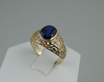 Vintage Blue Spinel in a 10K Yellow Gold Filigree Ring  #SPNLBY-GR2