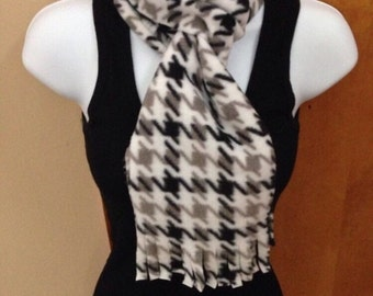 Houndstooth Single or double layered fringe fleece scarf
