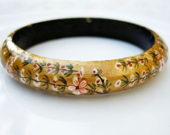 Vintage Hand Painted Wooden Floral Bangle