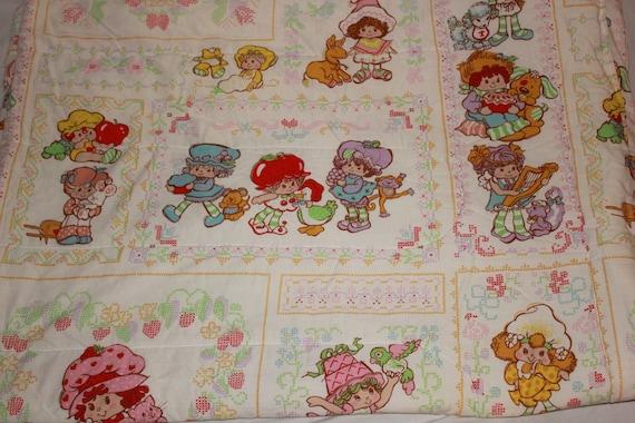 Vintage Strawberry Shortcake Comforter / Blanket American