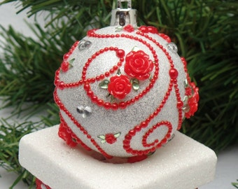 Red & White Floral Scroll Christmas Ornament