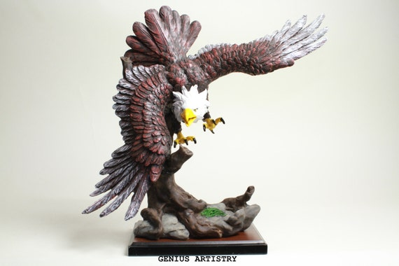 Collectible proud american eagle decor for home office table for Eagle decorations home