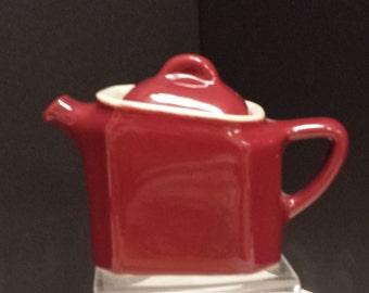 Vintage Individual Teapot; Restaurantware; Burgundy; 1950s; Chefsware