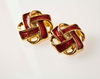 vintage gold and red buttons. Interwoven. 80 years. , ultra-light plastic!