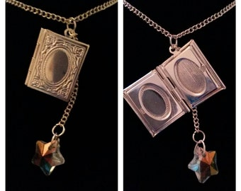 Storybook locket, book locket