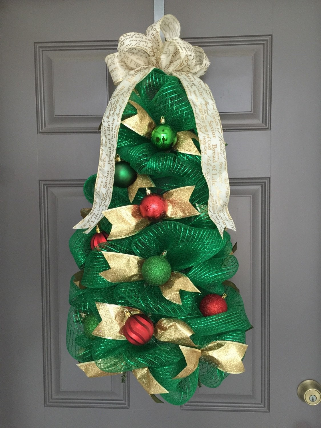 Deco Mesh Christmas Tree Wreath