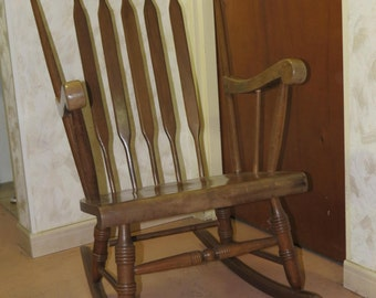 Original rocking chair, rocking chair, cabinetmaker work, solid wood, Made in France, 1960s