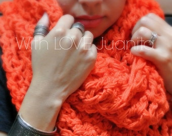Super Chunky Infinity Scarve - Color Options - Pic. Color/ Orange