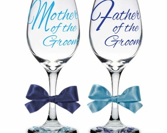 Single (1) Mother or Father of Groom Personalized Wine Glasses, Mother of Groom Gift, Father of Groom Gift