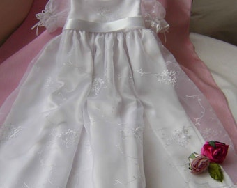 "Pretty Christening Gown - ""Chrissy"""