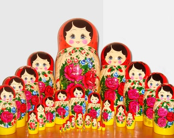 Big russian dolls, nesting doll, matryoshka 30 or 50 dolls, 17 or 27 inches.
