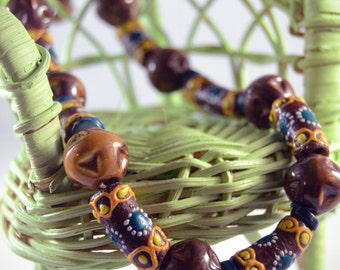 Handpainted African Wooden Bead Necklace with Bracelet