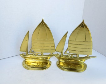 Vintage Brass Boat Bookends - Beach Decor, Boys Bedroom Decor, Man Cave, Sailboat, Ship, Yacht