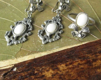 Vintage Jewelry Set, Soviet Jewelry, Ring and Earrings, Vintage Drop Earrings, Earrings and Matching Ring, Vintage Style