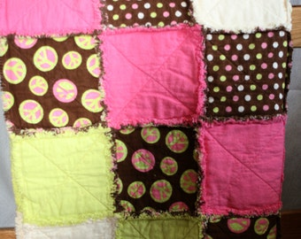 Bright Graphic Rag Quilt